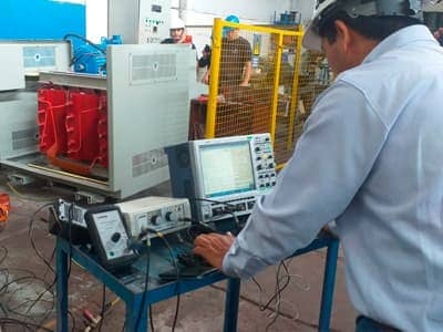 pruebas de carga electrica en transformadores de aislamiento
