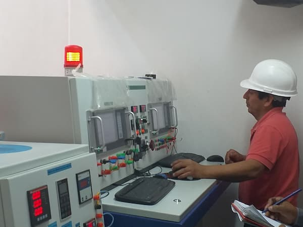 salon de prueba para transformadores electricos